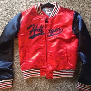Tommy hill-figure satin bomber